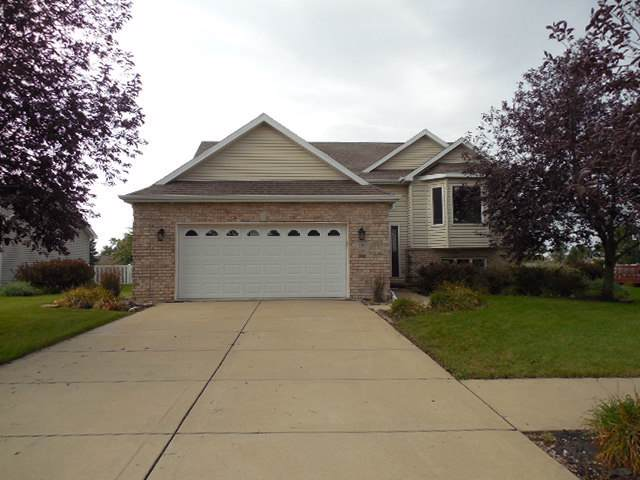 597 Sandburg Drive, Manteno, IL 60950 (MLS #10523920) :: Baz Realty Network | Keller Williams Elite