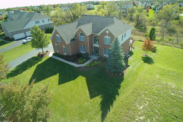 82 Tournament Drive N, Hawthorn Woods, IL 60047 (MLS #10524718) :: Janet Jurich Realty Group