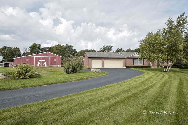 1513 Deerpass Road, Marengo, IL 60152 (MLS #10524987) :: Lewke Partners