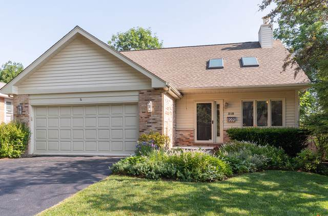 318 E Sunnyside Avenue, Libertyville, IL 60048 (MLS #10525115) :: Berkshire Hathaway HomeServices Snyder Real Estate