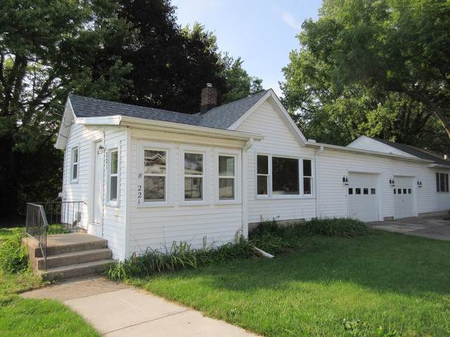 221-223 Ellen Street, Sycamore, IL 60178 (MLS #10525180) :: Baz Realty Network | Keller Williams Elite