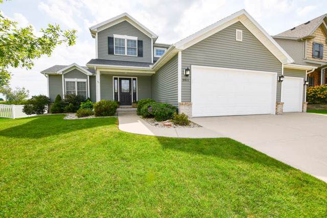 5011 Fleming Lane, Bloomington, IL 61705 (MLS #10525271) :: Berkshire Hathaway HomeServices Snyder Real Estate