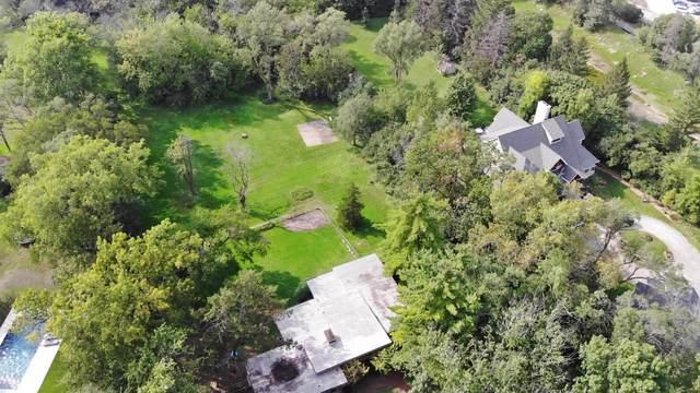 5300 S Edgewood Lane, La Grange Highlands, IL 60525 (MLS #10525435) :: The Wexler Group at Keller Williams Preferred Realty