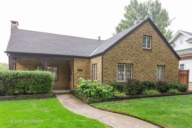 945 Augusta Avenue, Elgin, IL 60120 (MLS #10525465) :: Touchstone Group