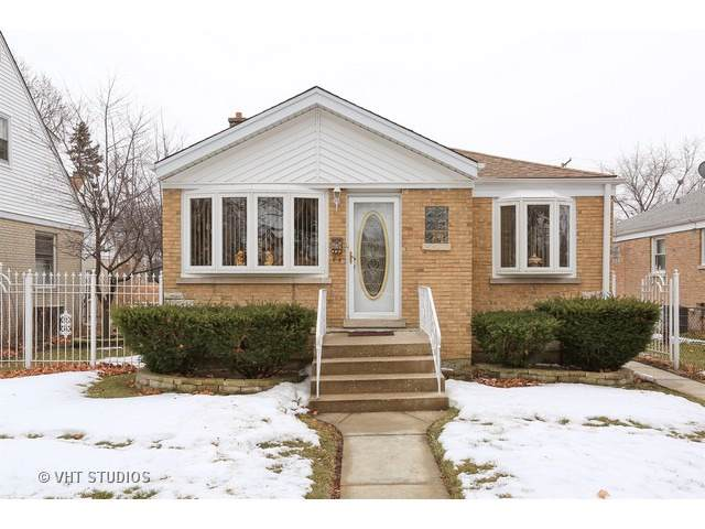 9907 Schiller Boulevard, Franklin Park, IL 60131 (MLS #10525596) :: Berkshire Hathaway HomeServices Snyder Real Estate