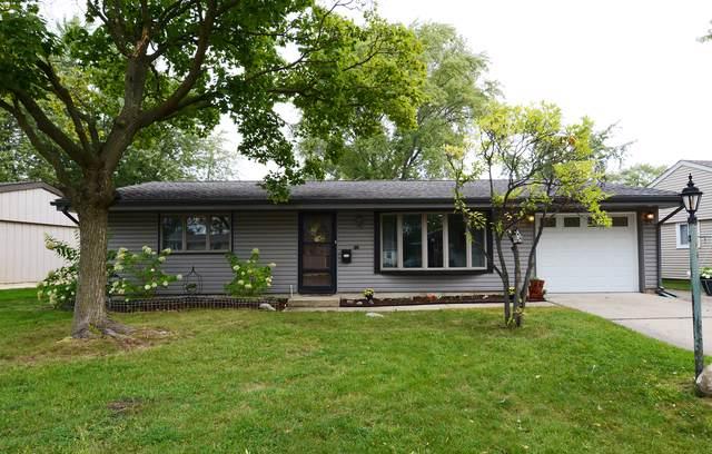 27 Hawthorne Lane, Streamwood, IL 60107 (MLS #10525605) :: Janet Jurich Realty Group