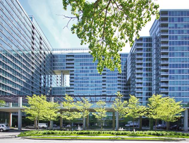 9655 Woods Drive #1910, Skokie, IL 60077 (MLS #10527446) :: Property Consultants Realty