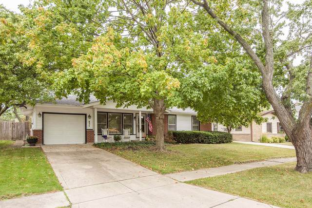 837 Victoria Lane, Elk Grove Village, IL 60007 (MLS #10527892) :: Angela Walker Homes Real Estate Group