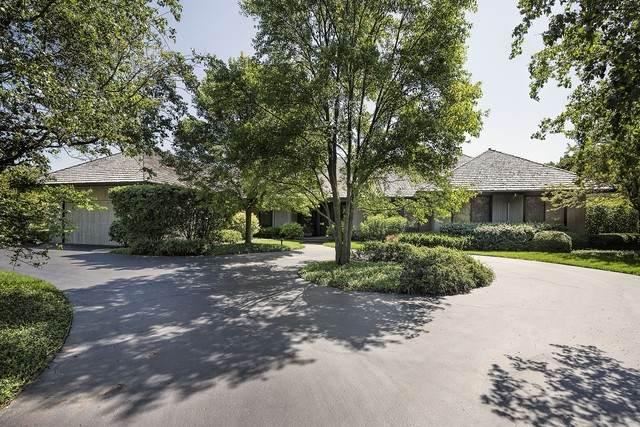 1637 Braeside Lane, Northbrook, IL 60062 (MLS #10528665) :: Helen Oliveri Real Estate