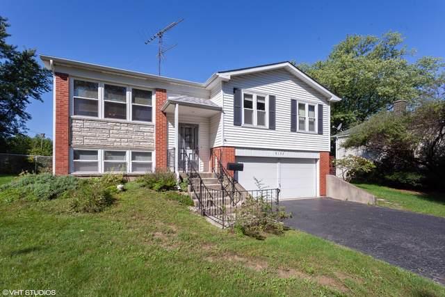 8132 Carolwood Lane, Woodridge, IL 60517 (MLS #10528698) :: Suburban Life Realty