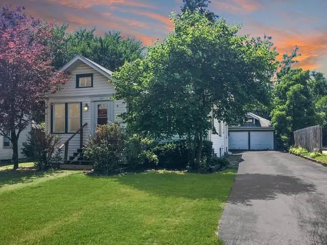 529 Washington Street, Woodstock, IL 60098 (MLS #10528727) :: Suburban Life Realty
