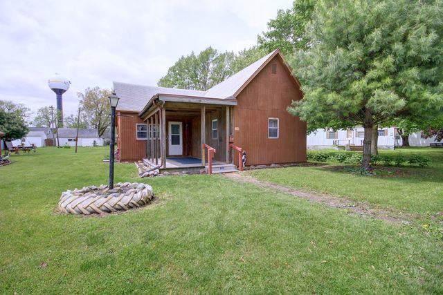 109 N Wisconsin Street, ATWOOD, IL 61913 (MLS #10531323) :: Lewke Partners