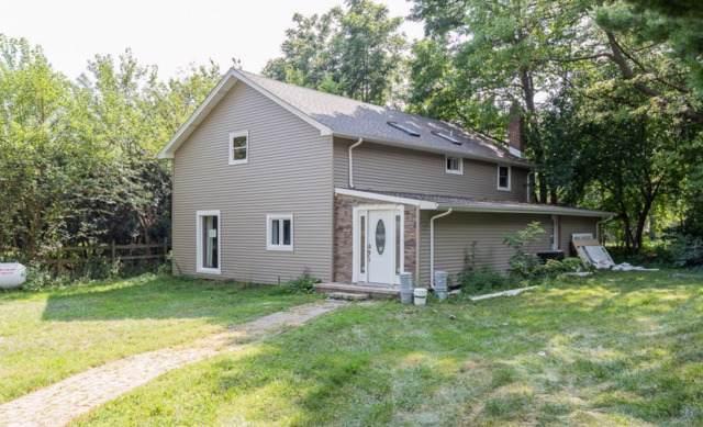 7N130 Barrington Road, Bartlett, IL 60103 (MLS #10534893) :: Angela Walker Homes Real Estate Group