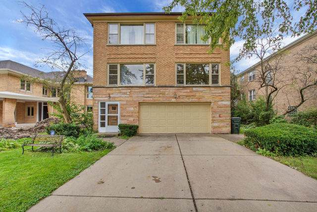 3337 W Columbia Avenue, Lincolnwood, IL 60712 (MLS #10537540) :: Baz Realty Network | Keller Williams Elite
