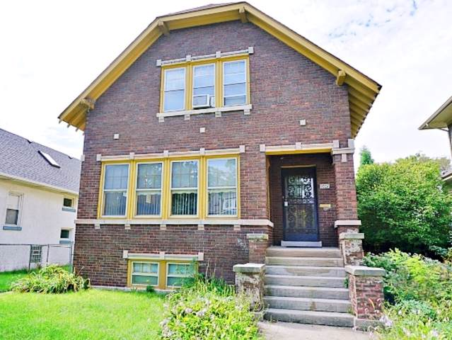 1027 S East Avenue, Oak Park, IL 60304 (MLS #10537878) :: Angela Walker Homes Real Estate Group