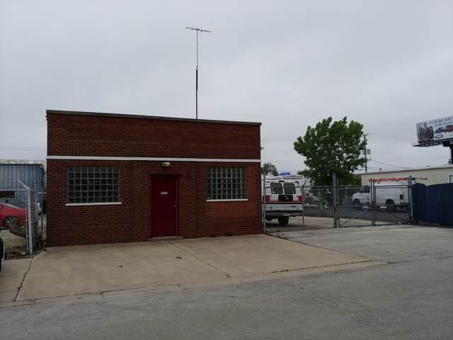 12127 Paulina Street, Calumet Park, IL 60827 (MLS #10538540) :: Property Consultants Realty