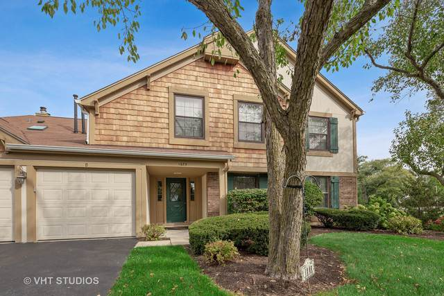 1675 Grosvenor Circle B, Wheaton, IL 60189 (MLS #10539312) :: Berkshire Hathaway HomeServices Snyder Real Estate