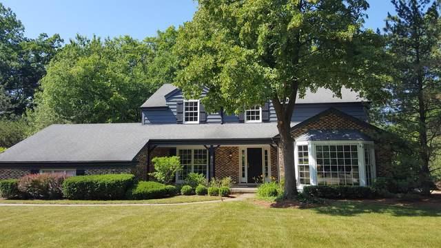 8 Victoria Lane, Lincolnshire, IL 60069 (MLS #10539777) :: Helen Oliveri Real Estate