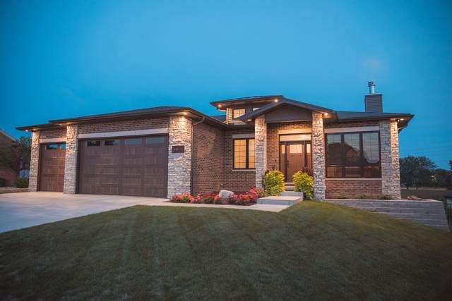 2809 Radbourne Drive, Bloomington, IL 61704 (MLS #10540155) :: Berkshire Hathaway HomeServices Snyder Real Estate