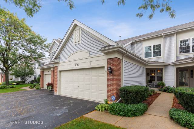 690 Mulberry Drive, Prospect Heights, IL 60070 (MLS #10540508) :: The Spaniak Team