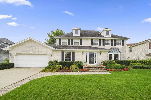 1615 Charlemagne Drive, Hoffman Estates, IL 60192 (MLS #10540656) :: Century 21 Affiliated