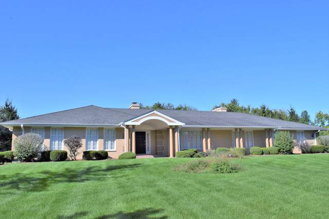 926 Kirkwood Drive, Inverness, IL 60067 (MLS #10541187) :: The Perotti Group | Compass Real Estate