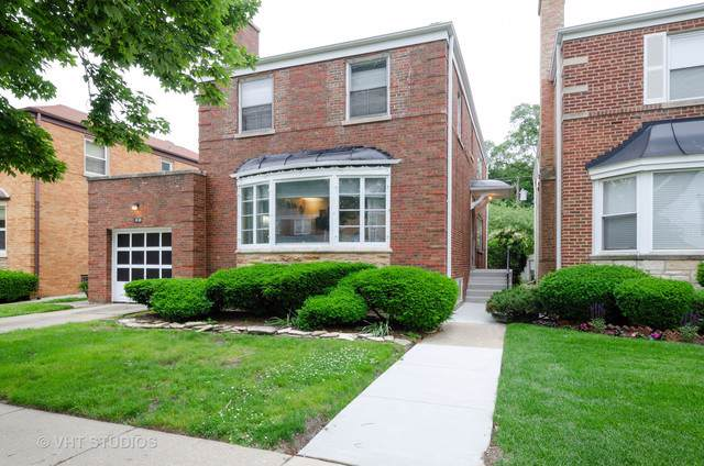 6133 N Lawndale Avenue, Chicago, IL 60659 (MLS #10541703) :: Property Consultants Realty