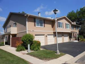 27 E Hickory Street 4D, Lombard, IL 60148 (MLS #10541774) :: The Mattz Mega Group
