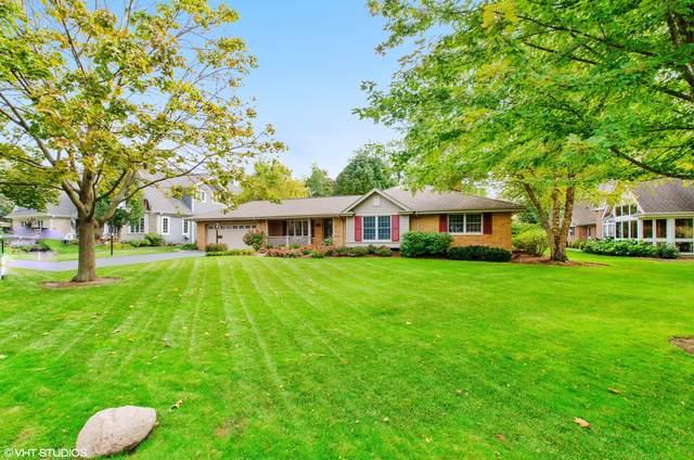 1111 W Burgoyne Road, Arlington Heights, IL 60004 (MLS #10542776) :: Helen Oliveri Real Estate