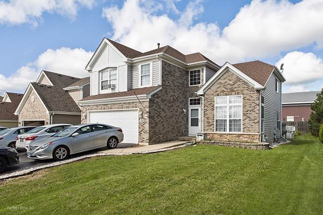 24 Augusta Drive, Streamwood, IL 60107 (MLS #10543313) :: Ani Real Estate