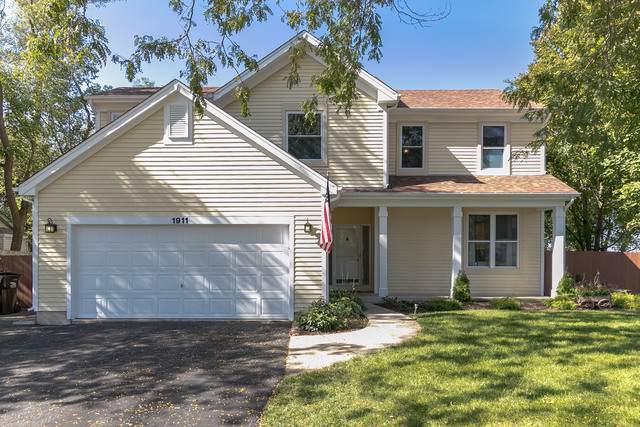 1911 Pine Drive, Mchenry, IL 60051 (MLS #10543941) :: Lewke Partners
