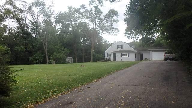 5301 Maple Hill Drive, Mccullom Lake, IL 60050 (MLS #10544316) :: BNRealty