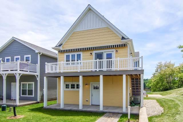1 Pelican Landing, Ottawa, IL 61350 (MLS #10544638) :: Suburban Life Realty
