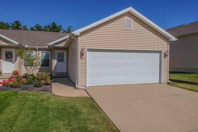 1017 Wartburg Drive, Bloomington, IL 61704 (MLS #10544687) :: Janet Jurich Realty Group