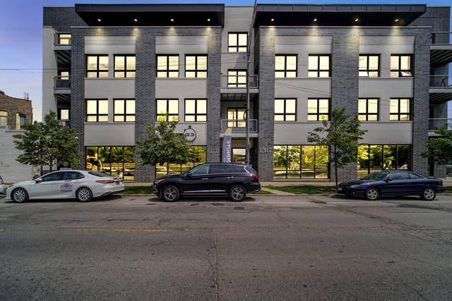 1317 N Larrabee Street #305, Chicago, IL 60610 (MLS #10545197) :: Property Consultants Realty