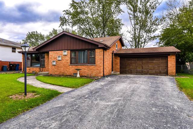 6839 W Edgewood Road, Palos Heights, IL 60463 (MLS #10545276) :: The Wexler Group at Keller Williams Preferred Realty