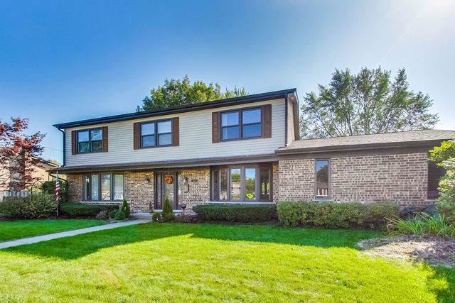 1013 W Eva Lane, Mount Prospect, IL 60056 (MLS #10545898) :: Berkshire Hathaway HomeServices Snyder Real Estate