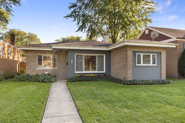 9431 Lincoln Avenue, Brookfield, IL 60513 (MLS #10545990) :: Angela Walker Homes Real Estate Group