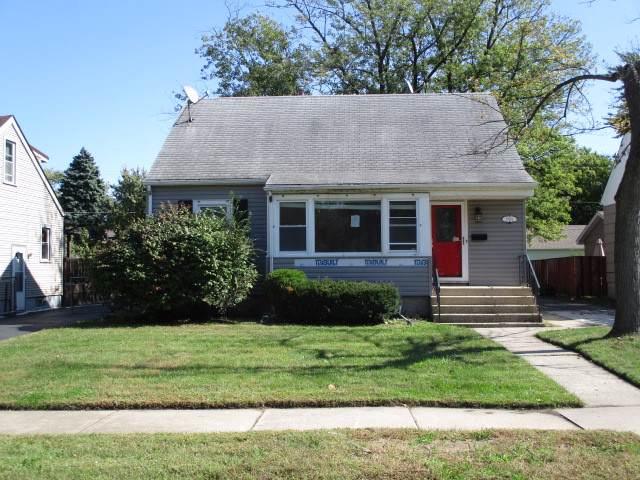 17955 Oakley Avenue, Lansing, IL 60438 (MLS #10546123) :: The Mattz Mega Group