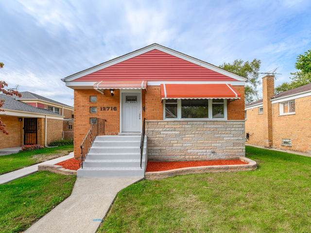 12716 S Carpenter Street, Calumet Park, IL 60827 (MLS #10546191) :: Property Consultants Realty