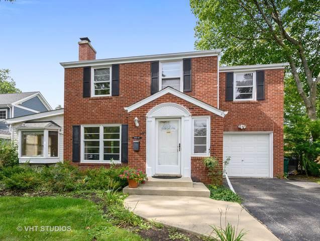 1042 Briarwood Lane, Northbrook, IL 60062 (MLS #10546371) :: Helen Oliveri Real Estate