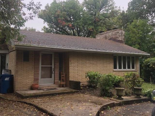 2017 Maple Avenue, Downers Grove, IL 60515 (MLS #10546541) :: John Lyons Real Estate