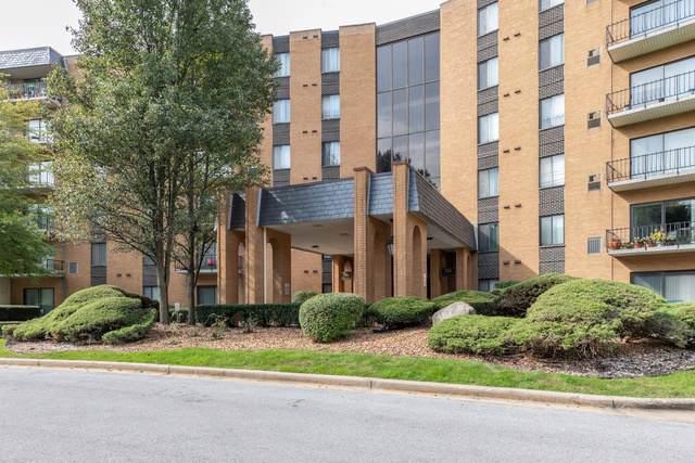 700 N Bruce Lane #109, Glenwood, IL 60425 (MLS #10546937) :: The Mattz Mega Group