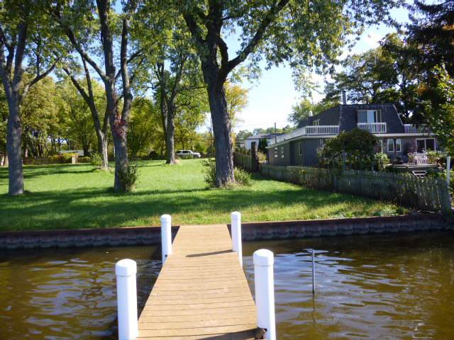 313 N Emerald Drive, Mchenry, IL 60051 (MLS #10547320) :: Berkshire Hathaway HomeServices Snyder Real Estate