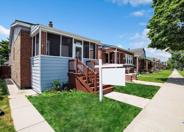 2820 N Menard Avenue, Chicago, IL 60634 (MLS #10547446) :: Property Consultants Realty