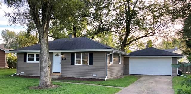 1837 Maplewood Drive, Lindenhurst, IL 60046 (MLS #10547628) :: Angela Walker Homes Real Estate Group