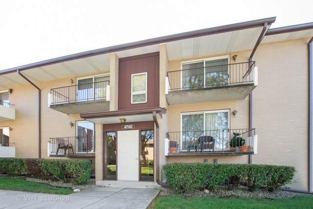 4740 W 105th Place #204, Oak Lawn, IL 60453 (MLS #10547645) :: The Spaniak Team