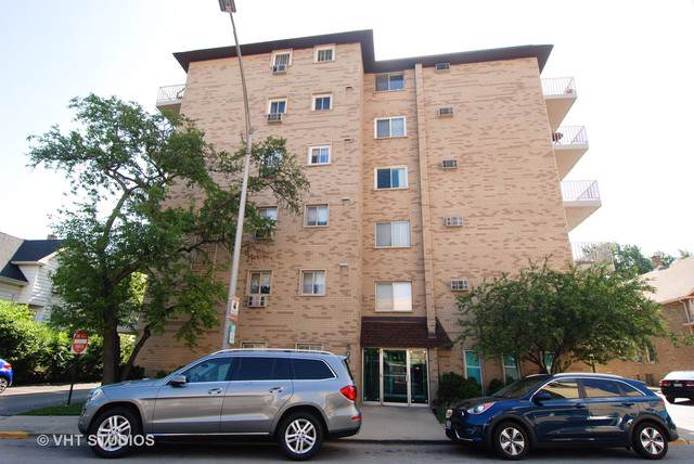 300 Circle Avenue 4I, Forest Park, IL 60130 (MLS #10547752) :: Helen Oliveri Real Estate