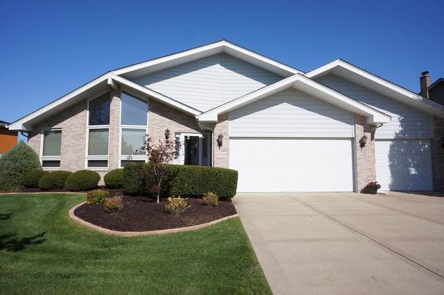 19749 Edgebrook Lane, Tinley Park, IL 60487 (MLS #10547775) :: Century 21 Affiliated