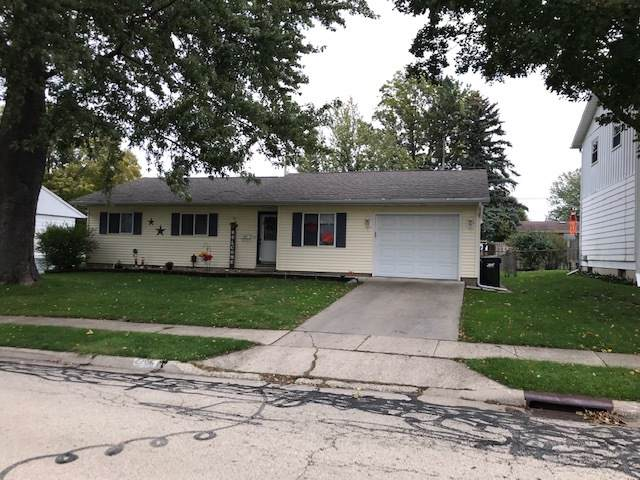 2206 15th Avenue, Sterling, IL 61081 (MLS #10548050) :: Angela Walker Homes Real Estate Group